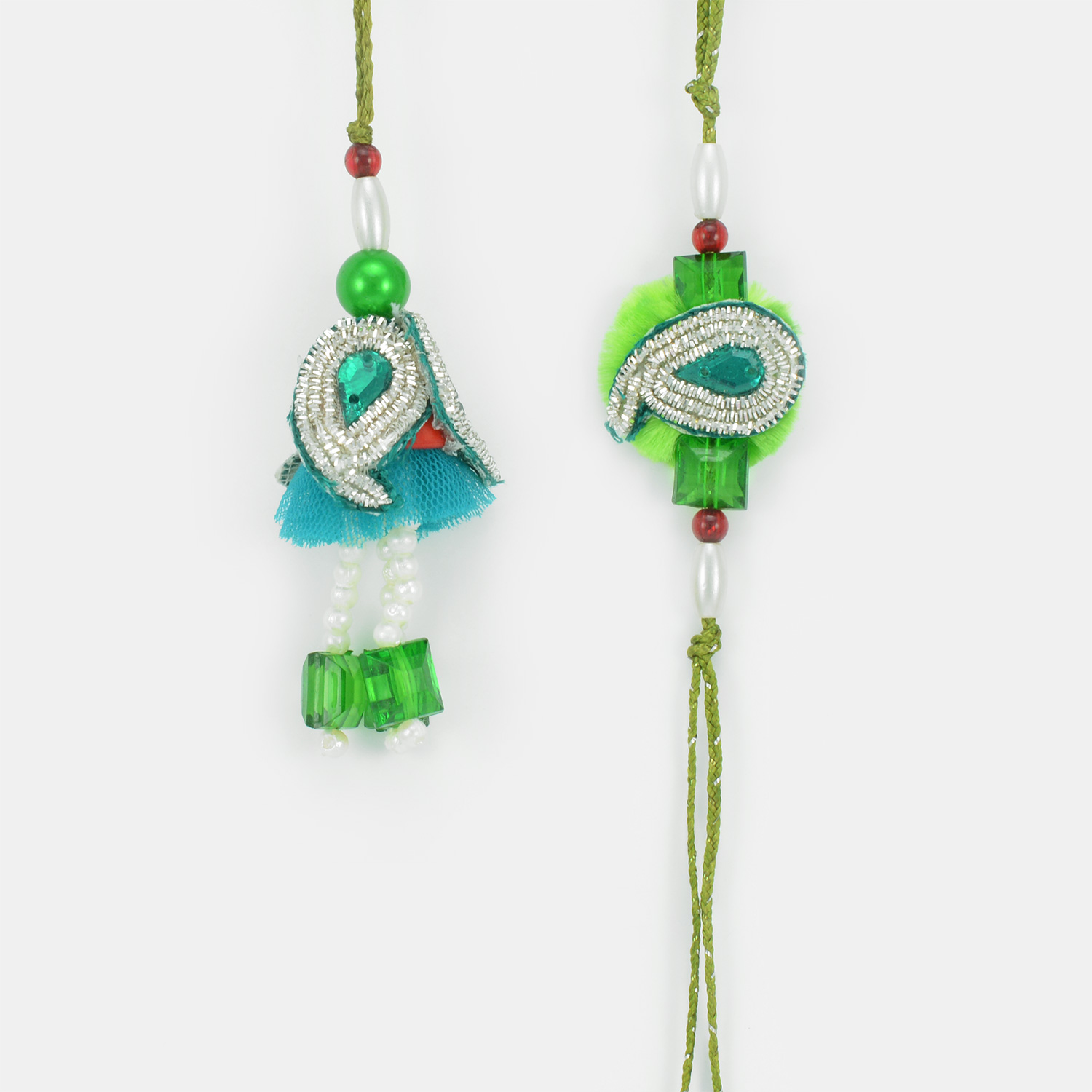 Traditional Green Color Bhaiya Bhabhi Rakhi with Floral Base