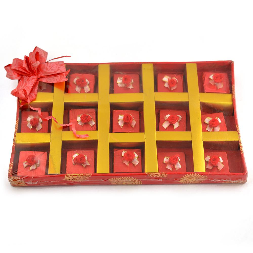 T 15 Rose Designer Chocolate Box