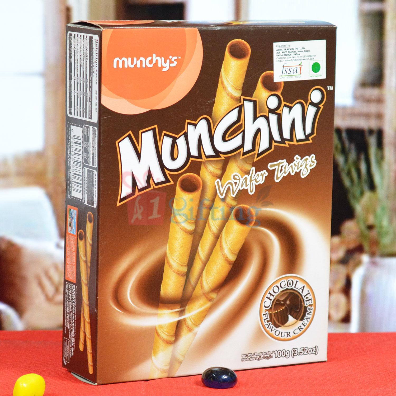 Munchys Munchini Wafer Twigs Chocolate Flovour Cream