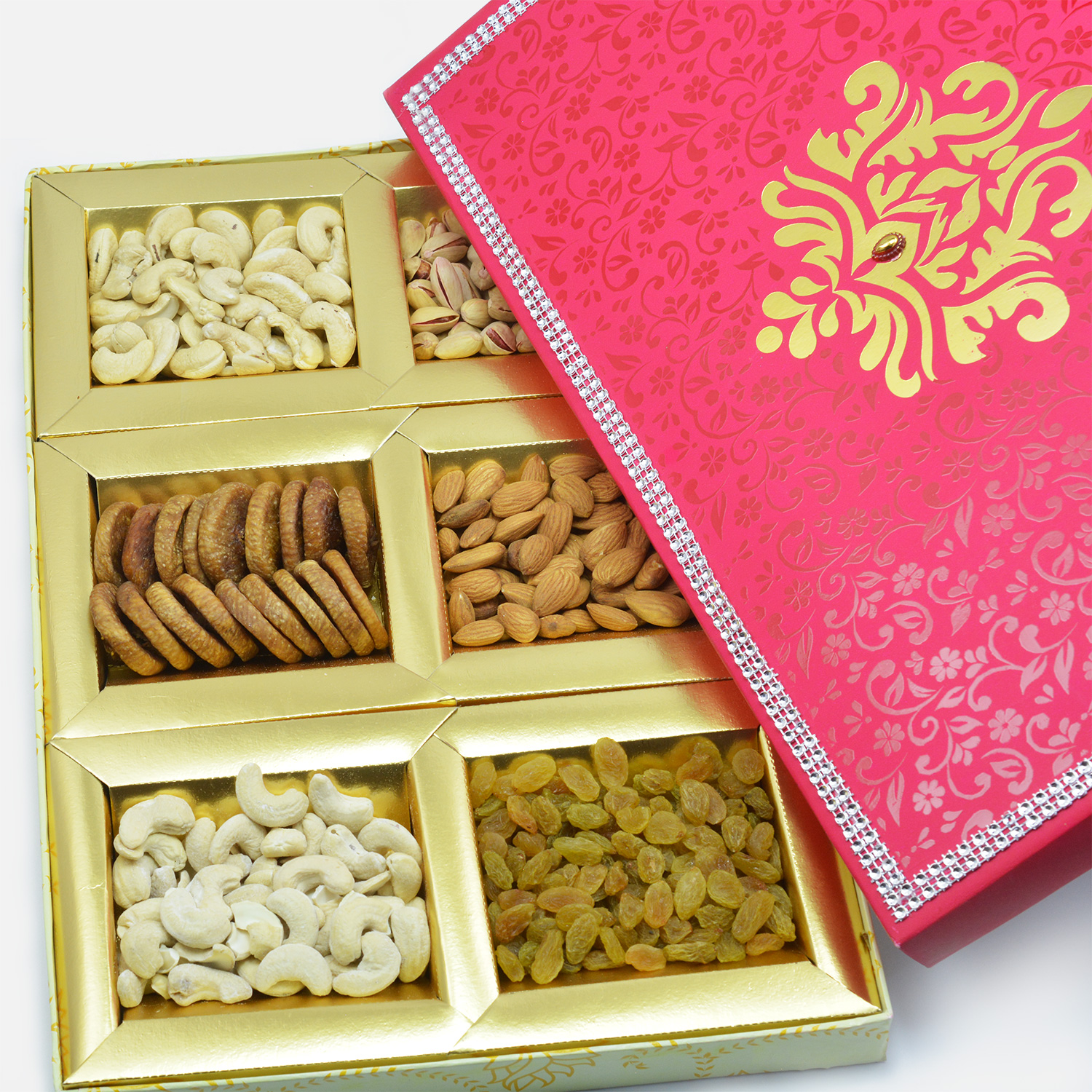 Ultimate deliciously and enjoyable combo of 6 type dry fruits