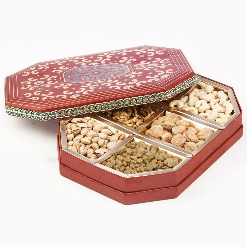 Dry fruit Box of 6 Type Dry fruits