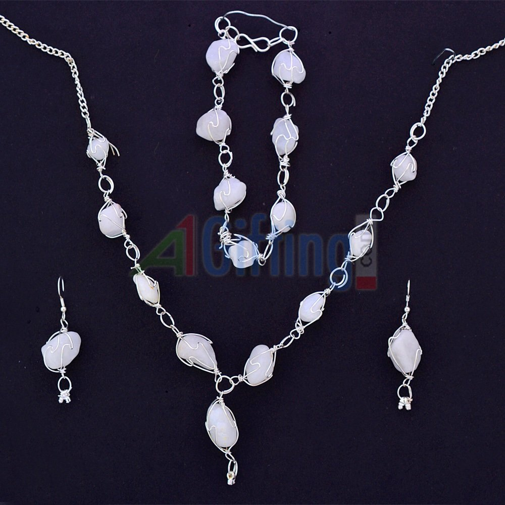 White Stones Fashion Necklace Set with Bracelet