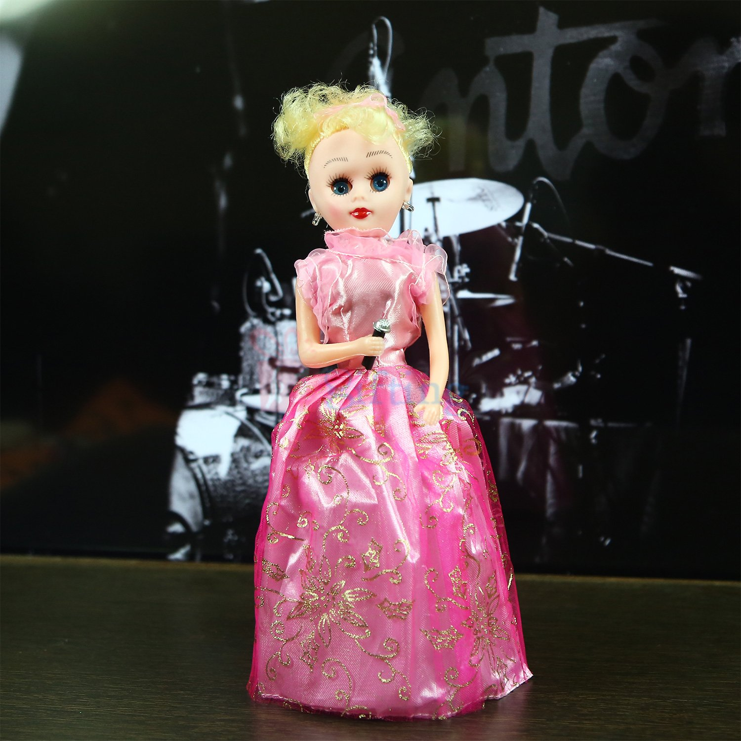 Amazing Bardie Dancing Musical Doll