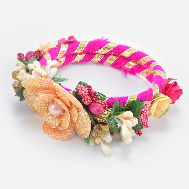 Simple Hand Bracelet Type Looking Flower on Top Attractive Lumba Rakhi for Bhabhi