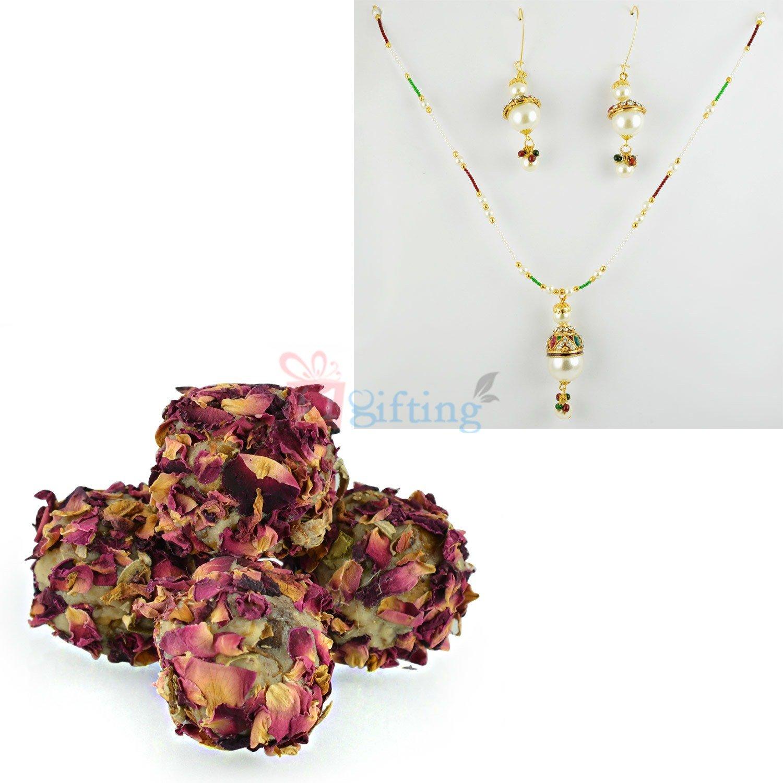 Jewellery Gift Set with Kaju Rose Laddu