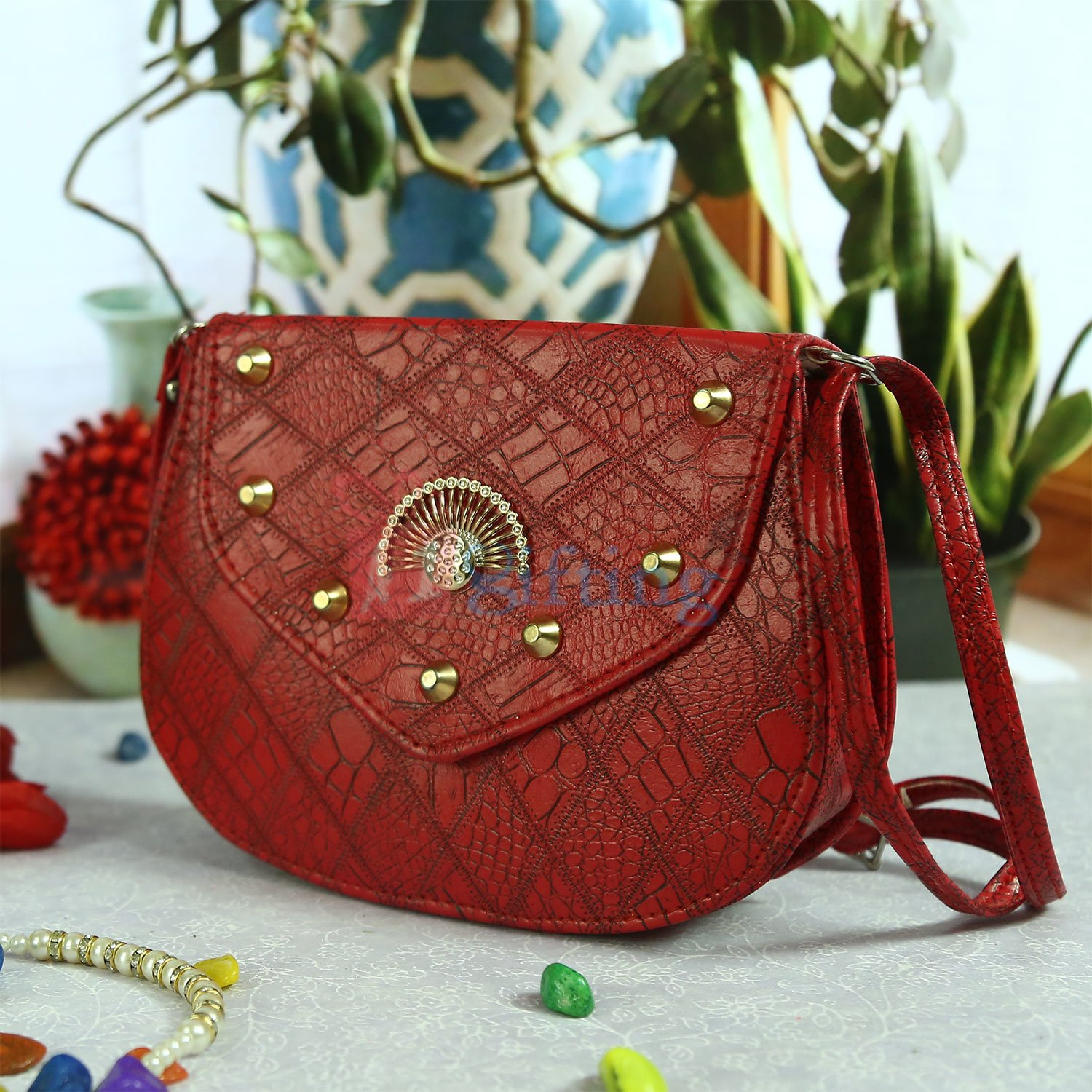 Simply Great Handbag for Her