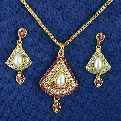 Diamond and Pearl Locket Chain Earing Jewelry Set