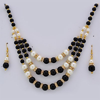 Black and White Pearl Necklace Set with Earings