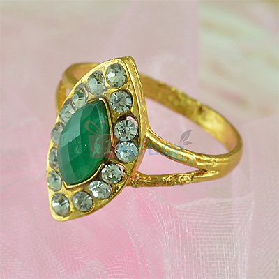 Beautiful Tilak Diamond Fancy Ring