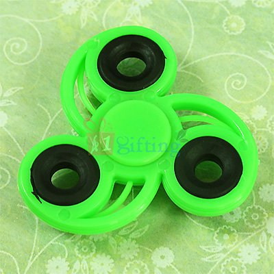 Green Spirale Superb Spinner for Kids